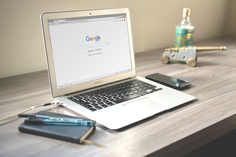 Βασικές Πληροφορίες για τη Διαφήμιση στο Ίντερνετ