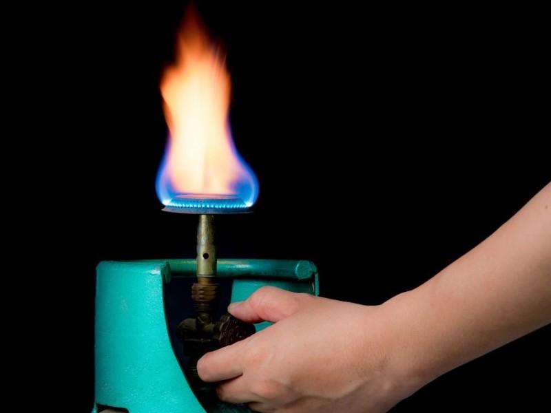 Δείτε πως μπορείτε να αλλάζετε τη φιάλη υγραερίου με ασφάλεια