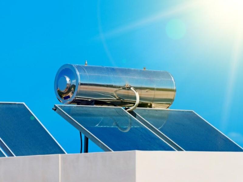 Οι ηλιακοί Θερμοσίφωνες Εξοικονομούν Πολλή Ηλεκτρική Ενέργεια