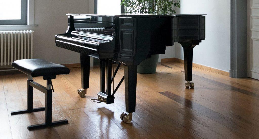 συνεργαστείτε με εταιρεία μεταφοράς πιάνου